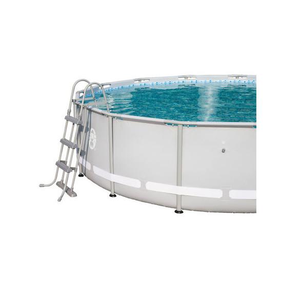 Echelle pour piscine H.1,07 m